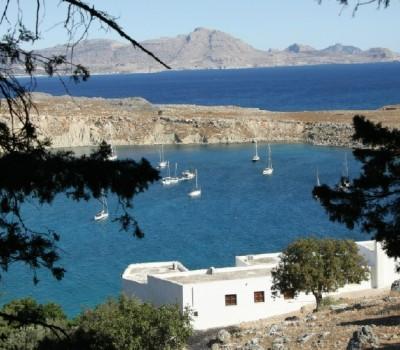 Blick auf den Yachthafen von Lindos - Rhodos